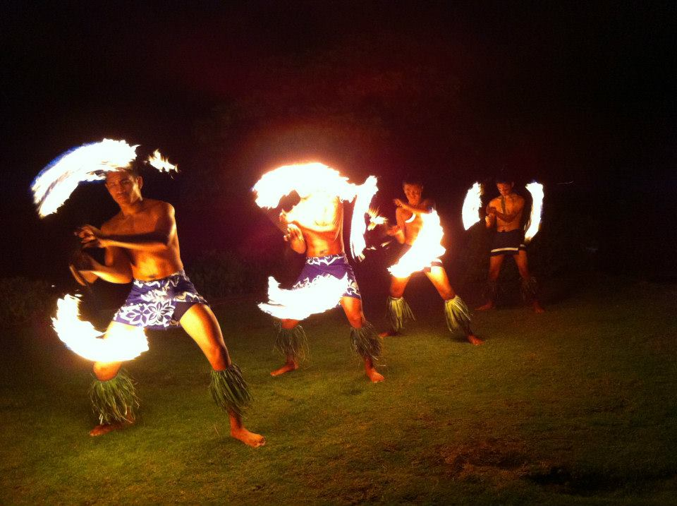Samoan Fire Knife Dancers of Mauga Mu